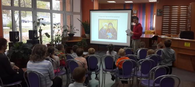 Начало занятий в октябре 2015 года в младшей группе Детского православного клуба