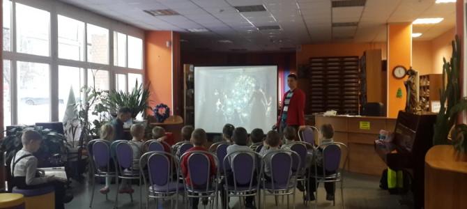 Занятие в младшей группе Детского клуба 27 декабря.