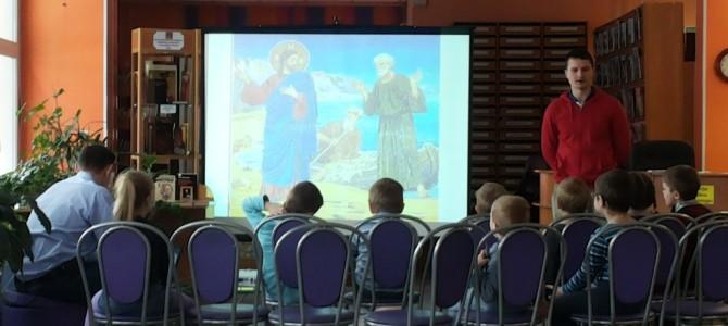 Занятие в младшей группе Детского православного клуба 20 Марта.