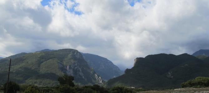 Храм Илии Пророка у подножия горы Олимп в Греции