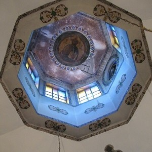 <i>Архив</i>. Константинополь. Влахернский храм 2009 г. О месте, где по преданию произошло явление Божией Матери блаженному Андрею