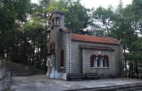 <i>Архив.</i> Храм Апостолов у подножия горы Олимп в Греции