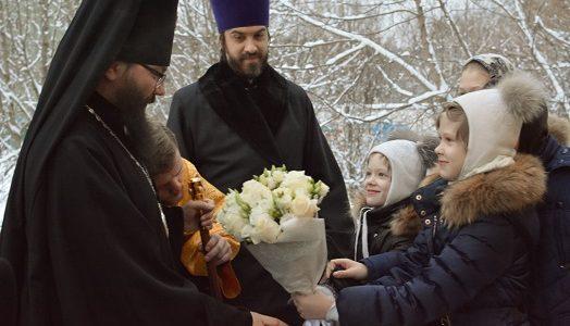 Публикация на сайте викариатства о архиерейской службе в нашем храме 5 января